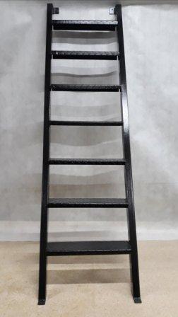 Лестница вид спереди